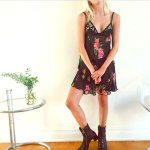 Dresses & Skirts - Vintage Slip Dress
